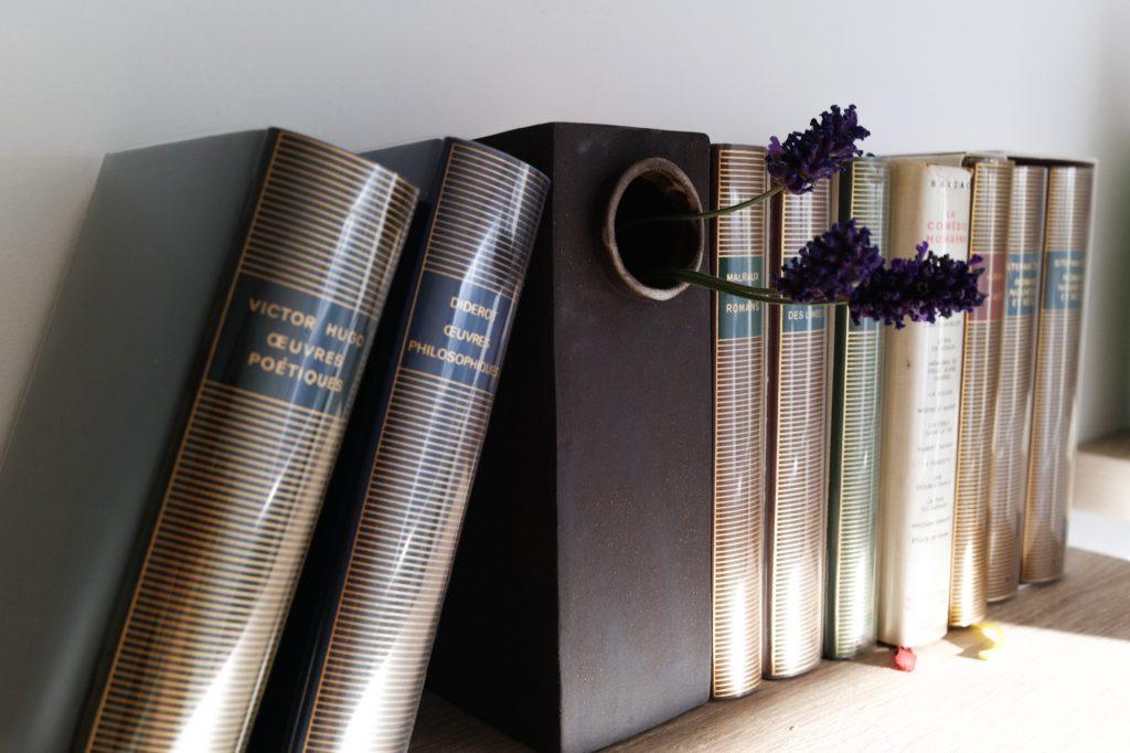vase de bibliothèque